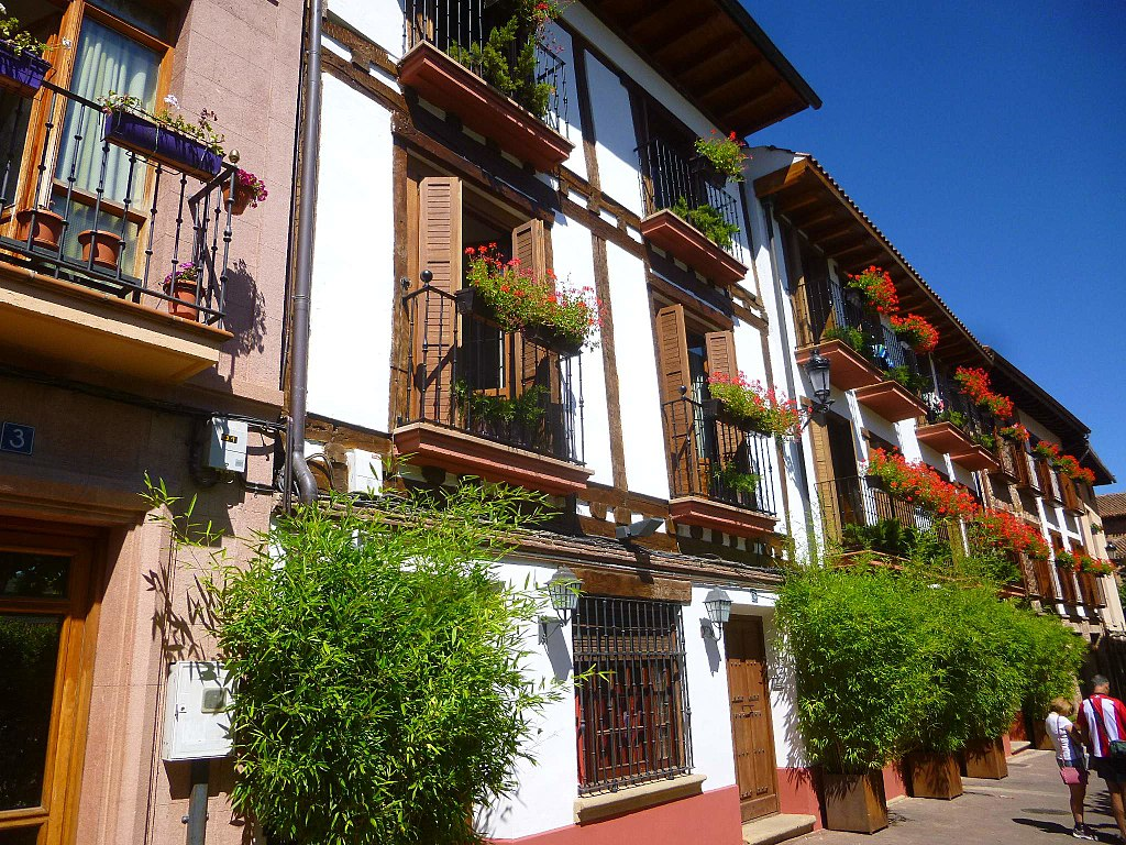ezcaray balcones pueblo