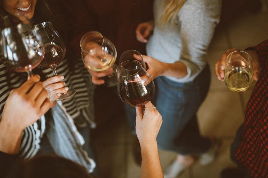 Tipos de vino: tinto, blanco y rosado. Conócelos uno a uno