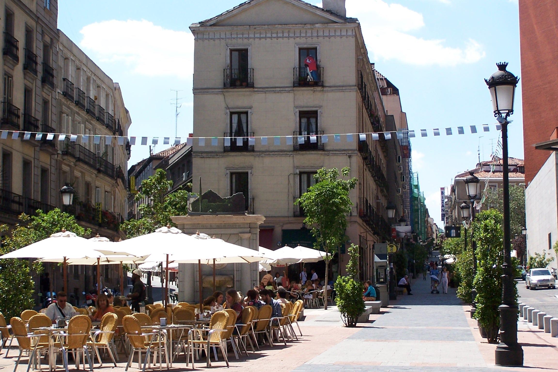 plaza huertas madrid